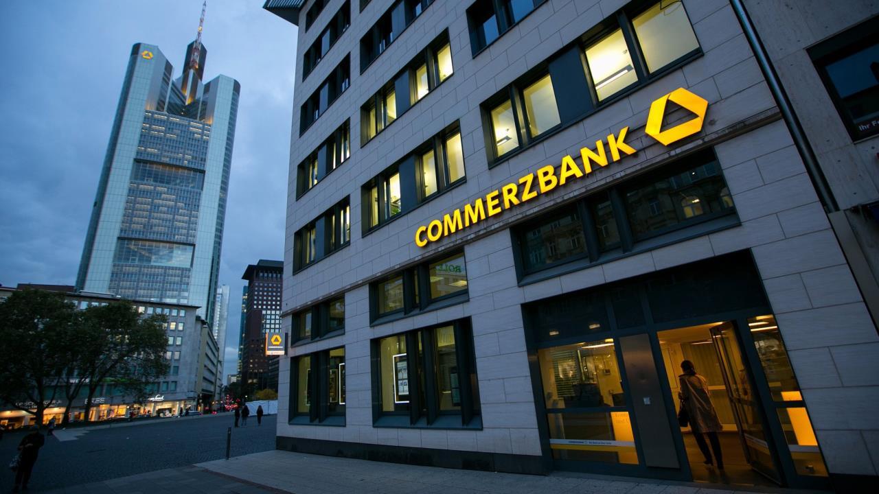 Risultati immagini per commerzbank
